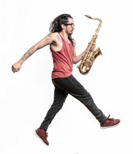 El músico valdiviano Lucas Espiral contó los detalles de lo